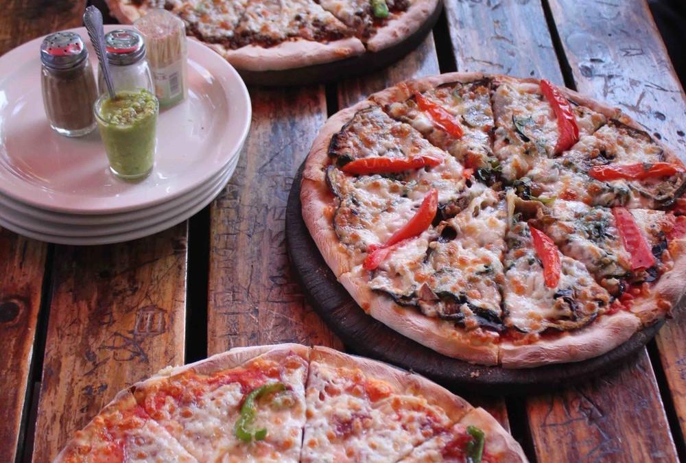 Restaurants in Addis Ababa: Effoi Pizza